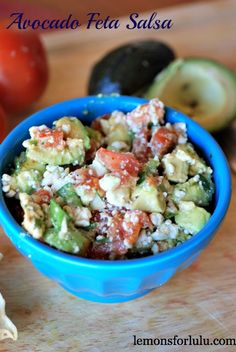 Creamy avocados, cool tomatoes and tangy feta come together for a unique and flavorful salsa Sin Gluten, Appetizer Recipes, Appetizers, Appetizer Ideas, Healthy Snacks, Healthy Recipes, Easy Snacks, Dip Recipes, Light Recipes