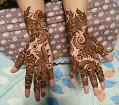 Striking Khafif mehndi designs collection for hands to try in 2019 Khafif Mehndi Design, Rose Mehndi Designs, Indian Mehndi Designs, Latest Bridal Mehndi Designs, Full Hand Mehndi Designs, Mehndi Design Pictures, Modern Mehndi Designs, Mehndi Designs For Girls, Henna Art Designs