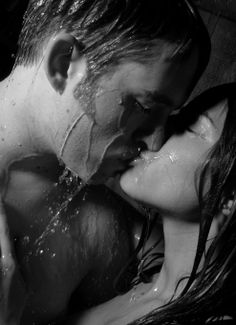 beauty, love and soul: Black-and-White Passion: The Feeling That Absorbs You (photos) The Kiss, Kiss Me, Love And Lust, My Love, Perfect Kiss, Happy End, Kissing In The Rain, Passionate Love, Photo Couple