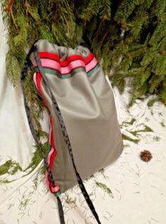 "Zainetto "" Grey"" fatto a mano Pezzo Unico Art. 8901 Drawstring Backpack, Backpacks, Bags, Fashion, Handbags, Moda, Fashion Styles, Backpack, Fashion Illustrations"