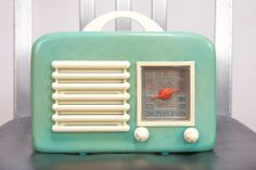 Rare Catalin Bakelite Turquoise Green General Television Radio Model 591