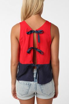 Tie-back top! Too cute... I've seen this at urban outfitters in green & blueeee