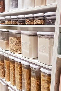 Not just a functional pantry. but a beautiful pantry! Love this example of pantry organisation. Kitchen Organization Pantry, Home Organisation, Organization Hacks, Kitchen Storage, Organizing, Pantry Ideas, Ikea Pantry Storage, Pantry Storage Containers, Organising Ideas