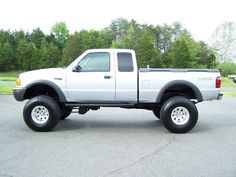 www.emautos.com LIFTED 2001 Ford Ranger XLT Extended Cab 4Door 4x4