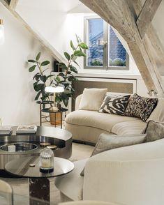 Baxter Interior Architecture, Interior Design, Home Decor Accessories, Vintage Furniture, Couch, Contemporary, Architecture Interior Design, Nest Design, Settee