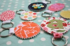 Fabric keychain tutorial and tips. This is a beginner-level fabric craft that can be created using leftover fabric scraps in less than one hour! Cute Crafts, Crafts To Make, Arts And Crafts, Easy Crafts, Craft Gifts, Diy Gifts, Food Gifts, Sewing Crafts, Sewing Projects