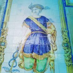 #vintage #vintagestuff #vintagedecor #Lisboa #Lisbon #lisbonne #lisboa_lovers #lisboacool #lisboaélinda #lisbonlive #Bestoflisbon #welovelisbon #colors #tiles #wall #pattern #azulejosportugueses #azulejos #azulejoslisboa #visitlisboa #colorsplash #arteurbano #tileporn #tileaddiction #tiled #tile #surrealejos #azulejoportugues #wallporn #urbanwalls by hugosilvapereira