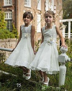 Monny model 75 en 17 - Koonings Bruid & Bruidegom