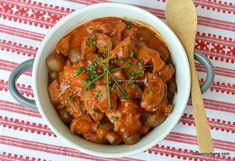 Tocăniță de inimi și pipote de pui cu ciuperci - rețeta dietetică fără ulei sau prăjeli | Savori Urbane Instant Pot, Curry, Keto, Urban, Ethnic Recipes, Food, Red Peppers, Meal, Essen