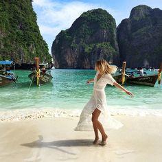 Maya Bay - Phi Phi Island. Phucket, Thailand