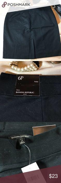 Banana Republic- Skinny Skirt Black NWT- fully lined Banana Republic Skirts