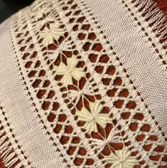 Hand Embroidery Designs, Embroidery Patterns, Cross Stitch Patterns, Machine Embroidery, Crochet Patterns, Afghan Loom, Loom Knitting Stitches, Monks Cloth, Drawn Thread