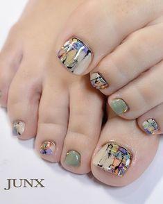 Pin by Kim Ewers Pariso on Hair, Makeup, & Nails in 2020 Pedicure Designs, Pedicure Nail Art, Toe Nail Designs, Nail Manicure, Pretty Toe Nails, Cute Toe Nails, Toe Nail Color, Toe Nail Art, Feet Nail Design