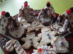 Icing (γλάσο) με μπεζέδες (χωρίς ωμά αυγά) Very Merry Christmas, Icing, Pudding, Cupcakes, Cookies, Holiday, Desserts, Food, Merry Little Christmas