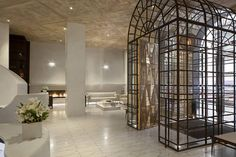 New York's Marmara Park Avenue bucks current trends, as it revels in its own unbridled elegance...