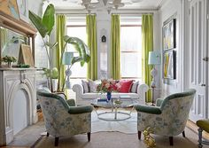 16 Tricks To Make Your Small Rooms Look Bigger + Mistakes To Avoid - fabulous living room by Fawn Galli
