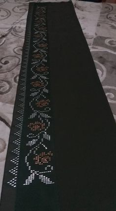 Bargello, Filet Crochet, Hand Embroidery, Cross Stitch Patterns, Modern, Home Decor, Dish Towels, Table Runners, Embroidered Flowers