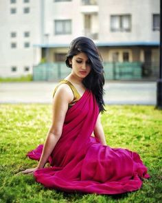 Bangladeshi Models actress and unseen girls largest latest 1000 photos collection of their curvy body Show. Hot and sexy Indian Dhallywo. Beautiful Girl Indian, Beautiful Girl Image, Beautiful Saree, Beautiful Indian Actress, Beautiful Actresses, Beauty Full Girl, Beauty Women, Saree Poses, Saree Photoshoot