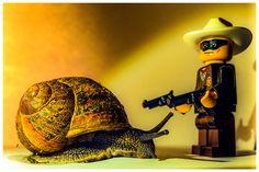 Lone Ranger meets Mr Snail..... I come in peace? ? #lego #loneranger #minifigure #snail