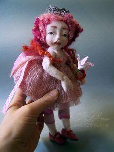 https://flic.kr/p/Ck1gUz | Princess Rose Bonbon | needle felted art doll by FELTOOHLALA