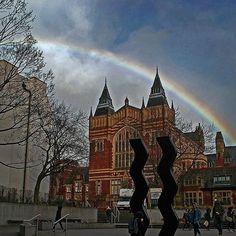 From our friends at Leeds  @universityofleeds - Somewhere over the... Great Hall #rainbow #happyfriday #fridayfeeling #leedsinwinter #leeds #leedsuni #universityofleeds #leedslifeusing  #leedslife #goviewyou