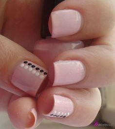 ideas nails sencillas puntos - My best nail list Cute Pink Nails, Fancy Nails, Love Nails, My Nails, Stylish Nails, Trendy Nails, Nagellack Design, Nail Art Designs Videos, Dot Nail Art