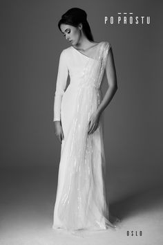 Oslo Wedding Dress. Wedding dress designer. Suknia Oslo. Simple wedding dress. Po Prostu suknie ślubne. Prosta suknia ślubna. Suknie ślubne. Wedding dress.Suknia ślubna od projektanta. #2018 #weddingdress #simpleweddingdress #weddinginspirations #bride #wedding #love #fashion #weddingdressdesigner #sukniaslubna #prostasukniaslubna #slubneinspiracje #sukniaslubnaodprojektanta #Oslo