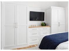 Built In Bedroom Cabinets, Bedroom Built In Wardrobe, Bedroom Built Ins, Built In Dresser, Tv In Bedroom, Bedroom Closet Design, Wardrobe Tv, White Furniture In Bedroom, Wardrobes For Bedrooms