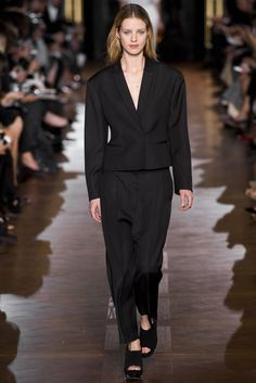 Stella McCartney Spring 2013 Ready-to-Wear Fashion Show Collection
