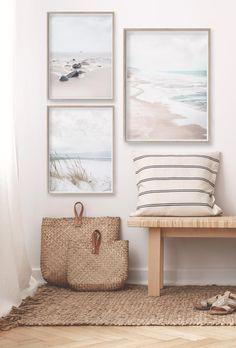 Coastal Living Rooms, Coastal Homes, Coastal Bedrooms, Coastal Interior, Apartment Decoration, Salons Cosy, Beach House Decor, Beach Home Decorating, Florida Home