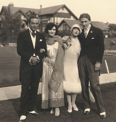 Iconic photo from 1926: Rudolph Valentino with Pola Negri, an amazing Mae Murray and her husband Mdivani prince Icon Bridal Dresses in Fashion History:  https://lucianolapadula.wordpress.com/2017/10/17/ten-iconic-bridal-dresses-across-100-years/