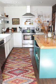White Country Eclectic Kitchen #eclectic #whitekitchen #country #liveedge