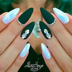 33 Breathtaking Designs For Almond Shaped Nails Matte Green Nails With Rhinestones Matte Green Nails, Metallic Nails, Almond Shape Nails, Almond Nails, Nails Shape, Acrylic Nails Almond Matte, Black Nail Art, Black Nails, Green Nail Art