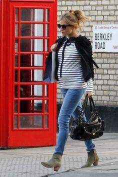 Sienna Miller - Sienna Miller Films an Advertisement on Primrose Hill