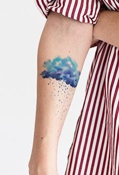 Dots are cool. (Again, just don't want to look like bug bites. But these look like freckles, which I'm fine with.) Victor Octaviano cloud tattoo