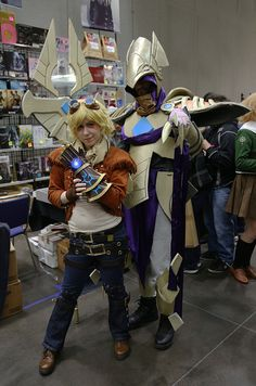 Ezreal and Azir from the MMOG League of Legends