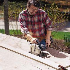 Norm Abrams using circular saw, DIY a cutting guide for your circular saw