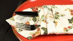 Doriți să vă impresionați oaspeții și prietenii cuun decor deosebit la mesele festive? Echipa Bucătarul.tv vă învață câteva variante de împăturire a șervețelelor, care vor arăta original și foarte frumos. Fie că utilizați șervețele din pânză sau din hârtie, acestea pot fi împăturite într-un mod creativ, astfel încât să obțineți diverse forme, cum ar fi: …