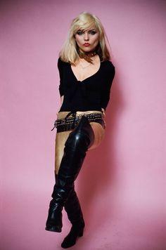 Debbie Harry of Blondie, 1978 © Lynn Goldsmith Blondie Debbie Harry, Debbie Harry Style, New Wave, Twiggy, Lynn Goldsmith, Chica Punk, Women Of Rock, Look Vintage, 1970s