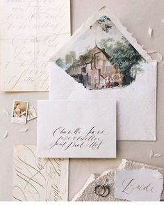 The envelope lining of your wedding stationery is a great place for a personal touch - this one will never be forgotten.  #weddingpapergoods #weddingstationary #weddingflatlays