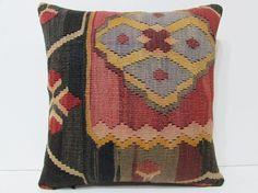 Kilm Pillows, Floral Throw Pillows, Decorative Pillows, Modern Cushion Covers, Moroccan Cushions, Flower Pillow, Fabric Rug, Kilim Rugs, Hand Weaving