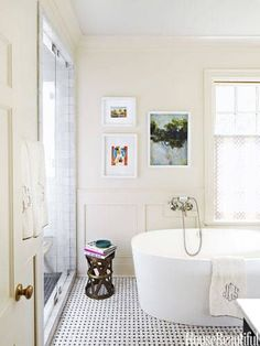 If you have a busy floor, pair it with a simple wall. It will make a small bathroom appear less cramped.