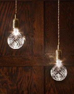 This lamp has everything. Crystal Bulb av Le Broom.