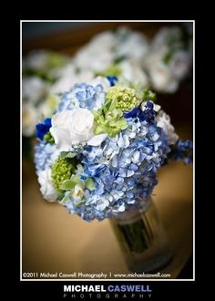 Blue, white & green bouquet.... add some coral or yellow and this is perfect! :)