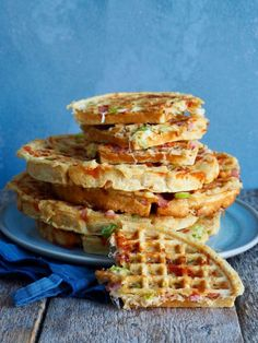 A little healthier, coarse waffles Breakfast Recipes, Snack Recipes, Snacks, Vegan Recipes, Canned Blueberries, Vegan Scones, Caesar Pasta Salads, Gluten Free Flour Mix, Scones Ingredients