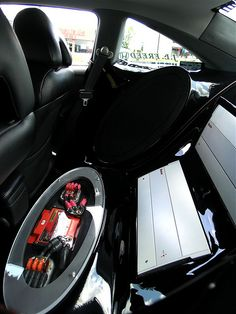 Car audio. (https://www.wwstereo.com) P6283313 by WWStereo, via Flickr  - more amazing cars here: http://themotolovers.com