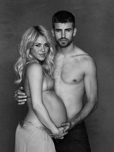 I pray I am as sexy as shakira is when I am pregnant. Good lord.