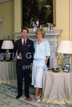 October 4, 1985: Sir Alastair Burnet interviews the Prince and Princess of Wales in the drawing room of Kensington Palace for a Royal documentary. Prince Charles & Princess Diana pose for the cameras.