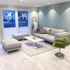 Bilderesultat for minty breeze living room Nordic Living Room, Living Room Green, Interior Design Living Room, Living Room Designs, Living Room Decor, Home Furniture, Furniture Design, Modern Kitchen Design, My Dream Home