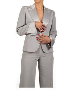Modelo: Casaco / Calça Cor: Cinza claro
